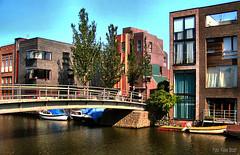 Bruggetje bij de Stokerkade juli 2013 (kees.stoof) Tags: architecture brug architectuur oostelijkhavengebied stokerkade
