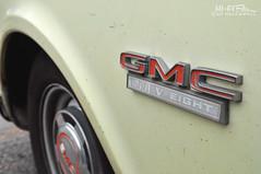 V-Eight (Hi-Fi Fotos) Tags: classic truck vintage emblem logo nikon antique pickup fender american badge 1500 gmc v8 d5000 veight hallewell hififotos