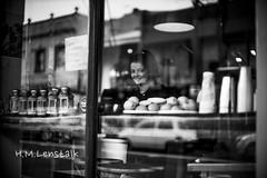 MONO7750 (H.M.Lentalk) Tags: life leica city people urban white black girl monochrome smile 50mm sydney australia m newsouthwales noctilux aussie 50 newtown asph f095 typ 246 095 noctiluxm 109550