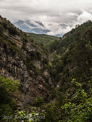 Caon de Aisclo, Huesca (Jose Antonio Abad) Tags: espaa naturaleza nature water spain agua huesca paisaje lanscape aisclo ribera sobrarbe bellos aragn pblica caondeaisclo purtolas robellos josantonioabad