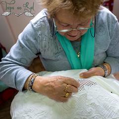 Alinhavados-em-Nisa---Foto-13 (sergiosalgueirosantos) Tags: alentejo alinhavado alinhavados alinhavadosdenisa arte bordado bordados lenis panodealgodo panodelinho rendasdebilros toalhas xailes
