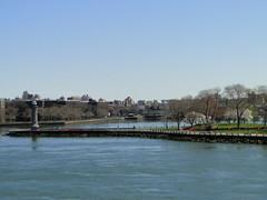 East River, NY (lotos_leo) Tags: ny spring manhattan upper eastriver astoria eastside rooseveltisland yorkville uppereastside
