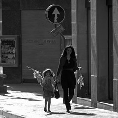 Domingo de Ramos (Cazador de imágenes) Tags: santa street españa spain sainte streetphotography caesar zaragoza holy aragon week augusta streetphoto espagne domingo semana settimana semaine ramos spanien spagna spanje spania aragón spange karwoche caesaraugusta aragonien
