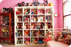 too crowded you think? (girl enchanted) Tags: ikea vintage toy toys starwars insane doll dolls cabinet bears disney shelf clean collection kenner blythe barbies collectible magazines mattel timburton steiff dollies vitrine toyroom allmine pinkroom immaculate expedit nodust blythes dollroom kenners moretoys dollyroom iblamemymother