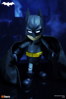 Hybrid Metal Figuration No.004 DC Comics 蝙蝠俠