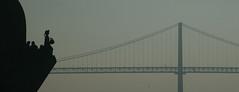 Ponte e Infante (Joo Caetano Dias) Tags: portugal backlight contraluz europa europe lisboa lisbon monumentos monuments pontes curiosidades esttuas estremadura tonalidades