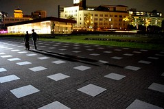 Couple walking (runslikethewind83) Tags: life light boy shadow woman man love girl japan night walking couple pentax walk dating  yokohama date  2010    kannai