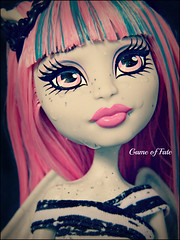 Timeless Beauty Set in Stone (Game of Fate) Tags: pictures water monster google high flickr tears break sad pics katie crying images collector monsterhigh monsterhigh2012 monsterhighrochelle monsterhighnewdoll gargoylemonstersstoneparisfrancegame fatenewdollcollectionfreakyfabulousheart