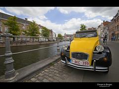 Citroen in Bruges (esslingerphoto.com✈ (Next trip, Poland)) Tags: car yellow canon canal shiny exposure belgium citroen brugge single bond bruges esslingerphotocom