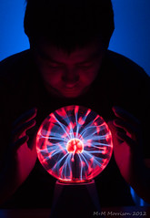 Plasma Orb (M+M Morrison) Tags: blue shadow red selfportrait canon ball 50mm long exposure angle wide orb led v 24 plasma bol orbs ultra redsnapper fifty nifty balloflight uwa 500d v24 canon500d niftyfifty lenser lenserv24