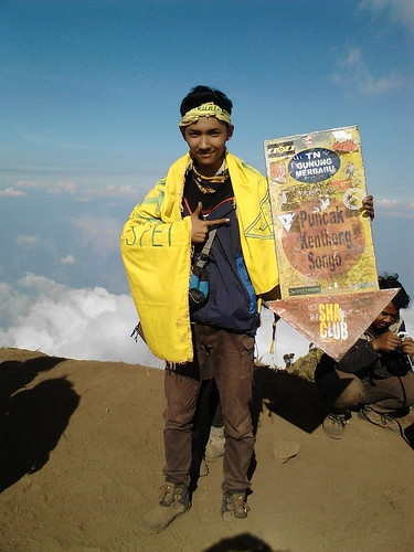 "Pengembaraan Sakuntala ank 26 Merbabu & Merapi 2014 • <a style=""font-size:0.8em;"" href=""http://www.flickr.com/photos/24767572@N00/27094549121/"" target=""_blank"">View on Flickr</a>"