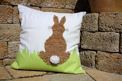 The Easter cushion (dididumm) Tags: brown white bunny green grass easter sewing gras grn braun recycling cushion weiss easterbunny kissen appliqu nhen applikation upcycling uwyh osterkissen
