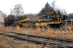 Flemington, New Jersey (Peachhead (1,000,000 views!)) Tags: railroad abandoned train newjersey crane ruin tracks rusty forgotten rusted hunterdoncounty flemingtonnj blackriverandwesternrailroad flemingtonjunction