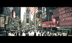 Time Square Movie (OC Photographie) Tags: world new york people cinema canon movie square manhattan united ad american theme times states avenue effect publicit hdr unis advertise effet amrique etats