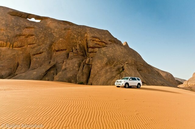 mountains sand nikon sigma toyota sequoia between 2012 f35 worldcars d300s almisbah najimjassim