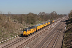 31285 and the Structure Gauging Train (Treflyn) Tags: test green heritage apple yellow train twyford main rail railway loco structure class line locomotive network 311 31 toffee derby ped maidenhead hither rtc goyle pushes gauging 1q06 ruscombe 31285