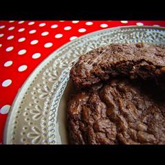 90/366:kitchen ninja friday chocolate cookies (nyah74) Tags: red food cookies grey baking place chocolate polkadots cocoa edible 90 day90 baked kurabiye cacao foodphotography 366 chocolatecookies biskvi 366days 90366