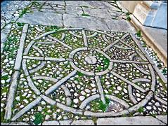 20070405-6410 (sulamith.sallmann) Tags: stone europa pattern geometry stones shapes croatia struktur structure kro steine ornament round forms form shape stein rund muster geometrie kroatien formen geometrisch labin istrien sulamithsallmann