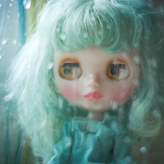 Blues ({Beatrix Mira}) Tags: window rain square drops doll rice top blues sally blythe miss msr morganours ermelinde