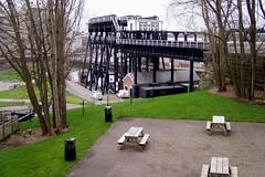 Anderton Boat Lift - upper picnic area (DizDiz) Tags: river canal cheshire platform anderton boatlift picnicbenches olympusc720uz