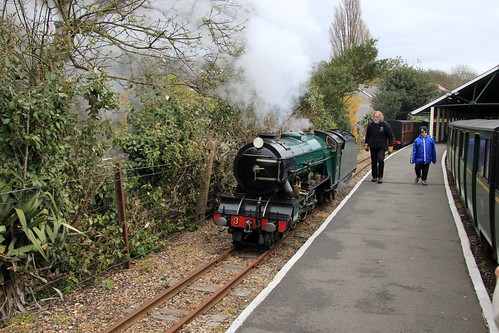 county camera uk greatbritain vacation england holiday female digital train canon relax geotagged photography photo kent track day break photographer shot image unitedkingdom country picture railway visit snap tourist steam photograph gb april southeast dslr visitor picturesque 2012 romney hythe dymchurch rhdr 550d karenroe canoneos550d
