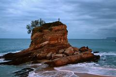 El pescador, Santander(E - 151) (Miguel-Angel Lavin) Tags: atardeceres paisajesmarinos