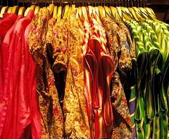 colormania (ballcla (Claudio Ballestra)) Tags: colors nikon couleurs colores clothes colori vtements abiti ropas blinkagain ballcla