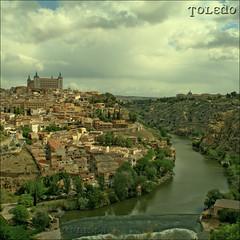 Toledo (m@tr) Tags: espaa canon toledo tamron alczar castillalamancha puertadebisagra riotajo elquijote plazadezocodover puentedealcntara canoneos400ddigital mtr marcovianna tamron18200mmf3563diiixr
