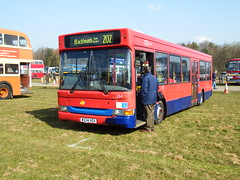 South East Bus Festival 2016 (Tobytrainspotting13) Tags: bus festival south east dennis dart metrobus 2016 slf 334 detling vgx w334 tobytrainspotting13