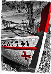 Rouge (armandbrignoli) Tags: rouge barque noir et blanc couleur pointu galet mer canon cte azur red boat sea bw canon5dsr