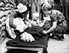 A young English girl, injured during the beginning of the Blitz, is comforted by a British nurse and a civilian (September 1940). [1142  877] #HistoryPorn #history #retro http://ift.tt/1UHz1GZ (Histolines) Tags: english history girl by during is 1940 young retro september beginning timeline british nurse blitz civilian injured 877 1142  vinatage a comforted historyporn histolines httpifttt1uhz1gz