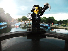 (Chris Hester) Tags: boats canal lego burglar barges minifigure brighouse 9329