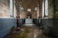 #698 (Vincent Ferron xplo) Tags: old abandoned colors religious decay d3 deadplaces