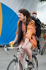 Vienna Naked Ride-96 (vienadirecto) Tags: vienna street urban calle bicicleta criticalmass urbano viena vienne bycicle 2016 fahrad viennanakedride