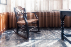 [ #187 :: 2016 ] (Salva Mira) Tags: albaida capturaalbaida segrelles pintor cadira silla chair taula mesa table valldalbaida pasvalenci salvamira salva salvadormira