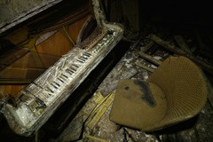 lost sounds (sureShut) Tags: abandoned decay piano orgel verlassen klavier