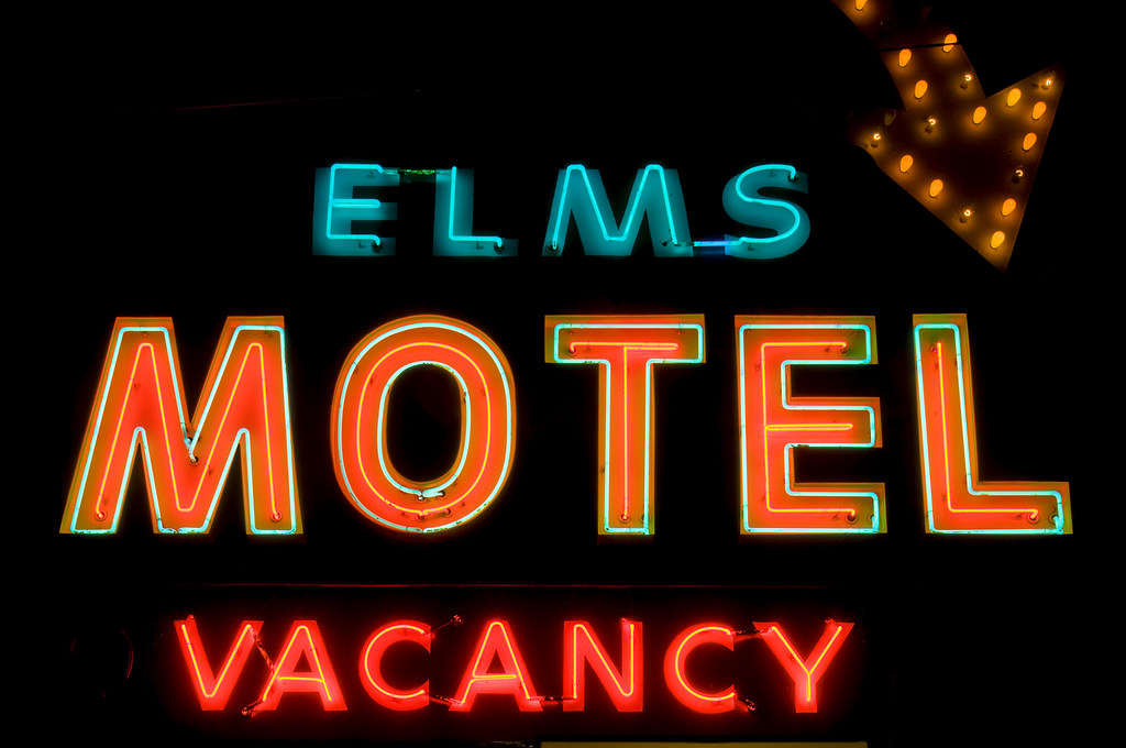 The world 39 s best photos of motel and neon flickr hive mind for Perry motors bishop california
