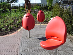 Tulip Chairs (fractolica) Tags: red netherlands bench rouge chair banco vermelho seats tulip holanda floriade tulipa cadeira floriade2012
