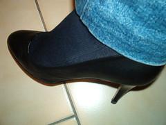 IM005636 (grandmacaon) Tags: pumps highheels stilettos lowcut talonsaiguille escarpins sexyheels hautstalons toescleavage