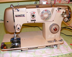 White #3077 (Vociferous) Tags: vintage sewing crafts sewingmachine vintagesewingmachine whitesewingmachine