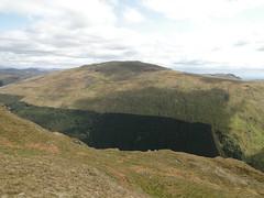 DSC02636 (David McSporran) Tags: dog mountains yellow scotland labrador ben scottish retriever peninsula grahams nan graham hillwalking cowal lub strath creag tharsuinn