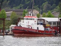 Shaver tug, Washington (captaintimb) Tags: river ship assist tugboat willamette shaver