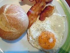 breakfast ... (RenateEurope) Tags: cruise italy apple nikon may croatia greece coolpix zadar 2012 adriaticsea aidaaura s8000 iphone4s kreuzfahrt2012 venicecorfubaridubrovnikzadarravennavenice