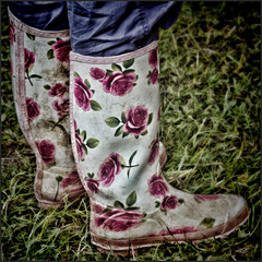 Coming up Roses (Flicktone) Tags: boots rubberboots niceboots femaleboots femalewellingtonboots