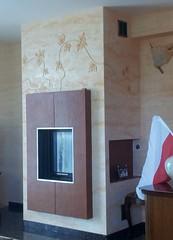 """Kominek-Travertino Venezia, Veldecor, Stone Tone Stain połysk. Relief roślinny. Wykonawca - Adam Ochał. • <a style=""""font-size:0.8em;"""" href=""""http://www.flickr.com/photos/48080832@N02/7395002024/"""" target=""""_blank"""">View on Flickr</a>"""