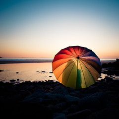 Sunset in Bretagne (Zeeyolq Photography) Tags: sunset sea france beach umbrella colorful bretagne leconquet blancssablons