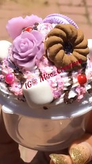 S#Decweets Cupcake      #Deco #❤️ #PhoneCase #📱#🍭 #DecoDen #💗 #Kawaii #Cabochon #🍬 #CupCakes #🍦 #Curiosidades #Dessert #🍪 #Sparkle #cookies #🍫 #반짝반짝 #✨ #미소 #귀엽다 #💕 #데 (Miso Creations) Tags: cookies dessert cupcakes sparkle kawaii deco curiosidades かわいい 美しい cabochon sdec phonecase 甘い 미소 きらきら decoden 반짝반짝 귀엽다 데코 데코케이스