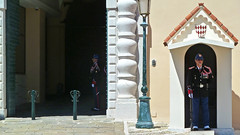Guards outside the Prince's Palace of Monaco (travelmag.com) Tags: sea mountains port mediterranean monaco guards princespalace