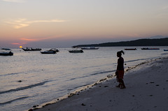 bara bira 16 (Fakhri Anindita) Tags: morning sea seascape nature sunrise indonesia landscape nikon laut humaninterest sulawesiselatan tanjungbira bukukumba