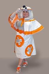 A Skittish Droid (l plater) Tags: cosplay droid astromech sydneyolympicpark bb8 starwarsfranchise supanovaexposydney2016